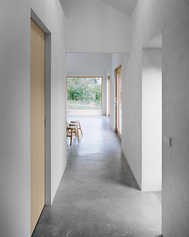 House on gotland etat arkitekter for Concrete minimalist house